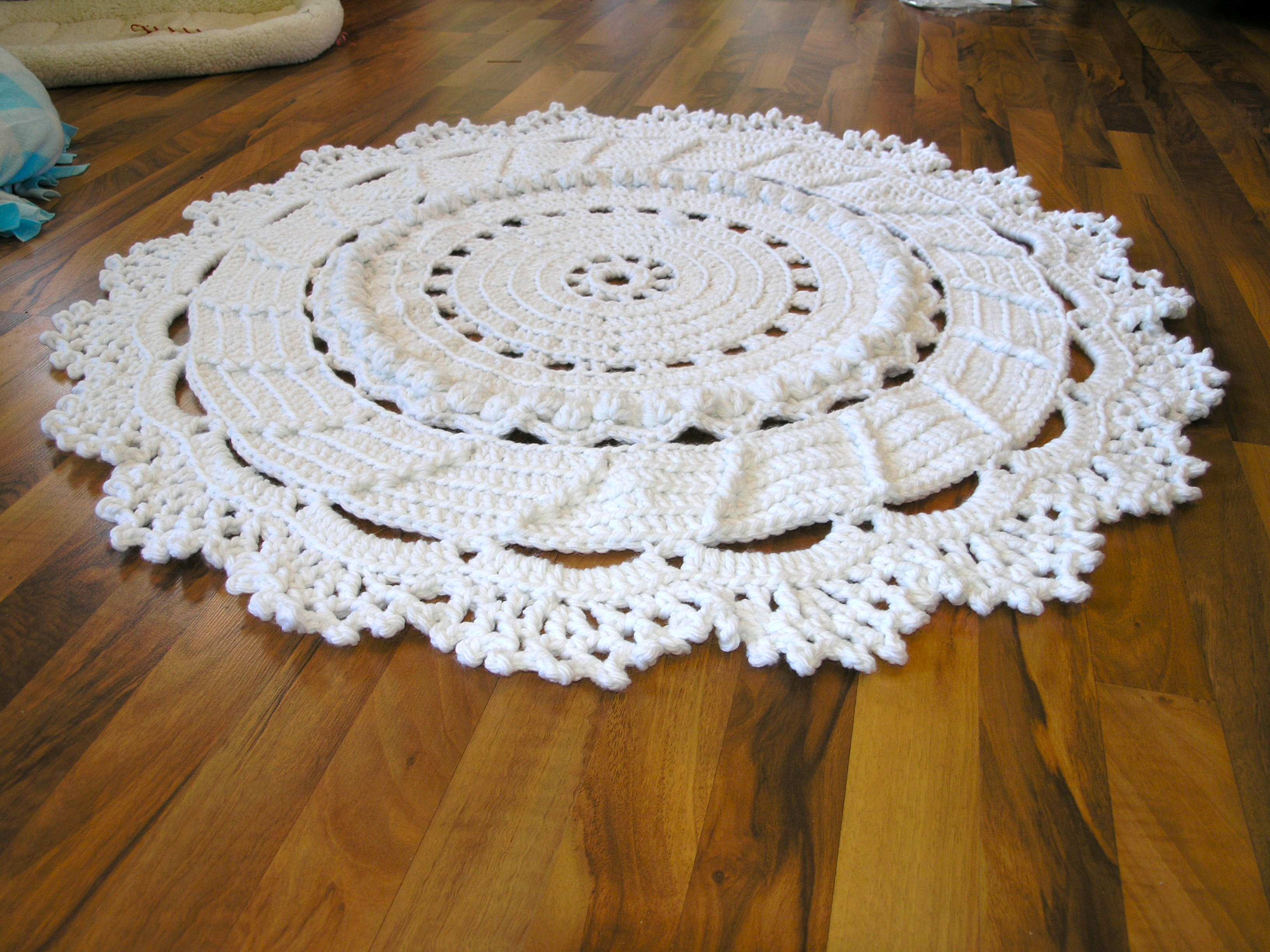 Crochet Patterns Free Rugs : free crochet large doily rug pattern Car Tuning